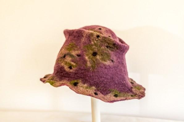 Chapeau en laine feutrée